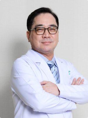 Jetanin doctor - Sqn. Ldr. Pinyo Hunsajarupan
